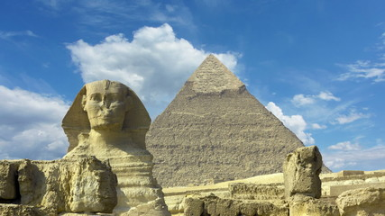 Clouds over great pyramid and sphinx at Giza Cairo in Egypt - ti