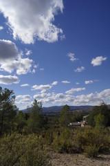 monte nublado