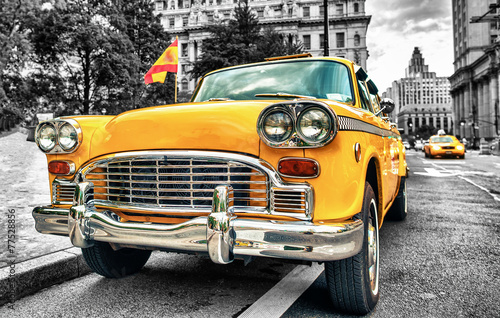 Fototapety, obrazy : Vintage Yellow Cab in Lower Manhattan - New York City