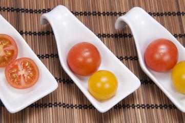 Tomates cherry vista cenital.