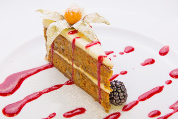 Almond cake (air meringue with a delicate cream and almonds unde