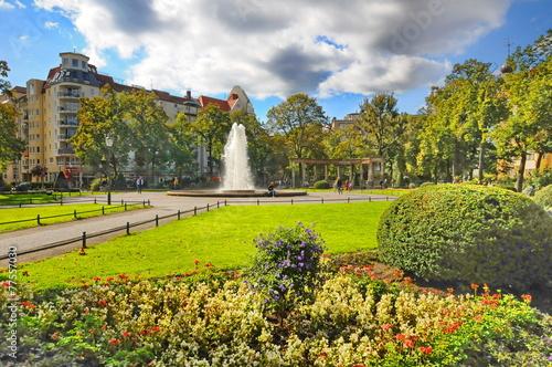 Viktoria-Luise-Platz, Schöneberg, #9761 - 77557030