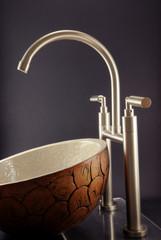 Bathroom Basin Sink. Beautifuls Taps.