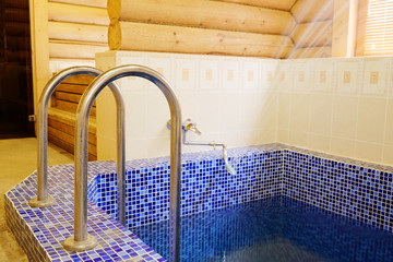 Image of the pool in the sauna