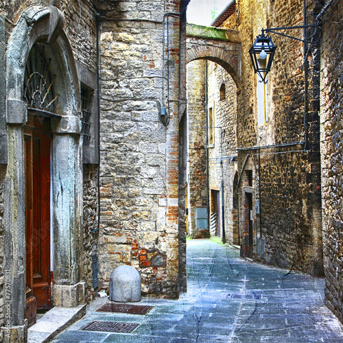 beautiful old streets of Italian medieval towns - 77570831