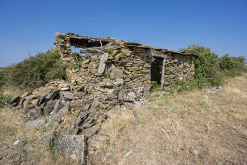 Abandoned old house made with stones