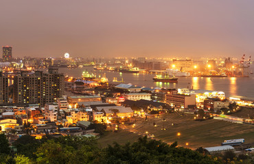 the night of Taiwan's second largest city - Kaohsiung