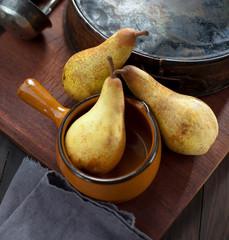 BIO Birnen auf dem Tisch