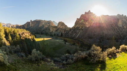 Smith Rocks Time Lapse Sunrise