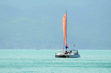 Отдых на катамаране в открытом море
