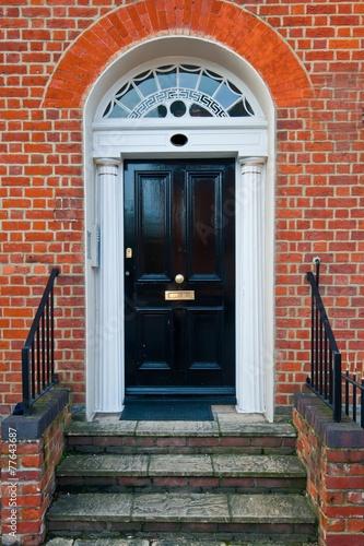 front door - 77643687