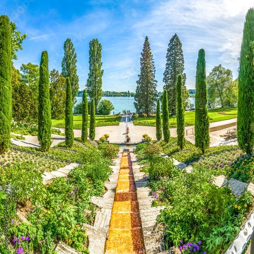 Foto op Aluminium Fontaine Italienische Wassertreppe, Insel Mainau