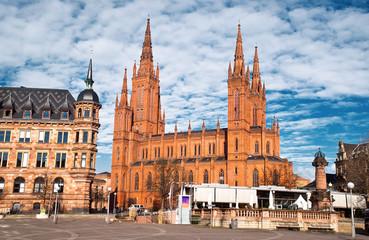 Neugotische Backstein-Basilika der Marktkirche in Wiesbaden