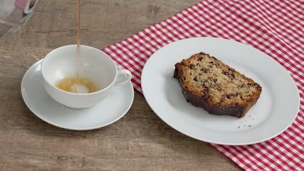 Tee un Kuchen