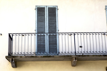 terrace   lombardy       in  the milano  grate