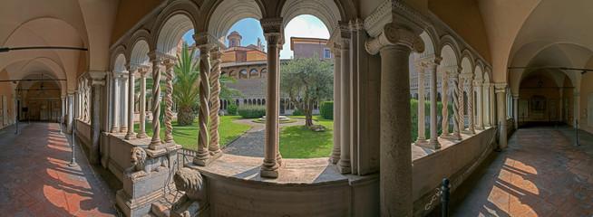 Rom Cosmaten Kreuzgang San Giovanni
