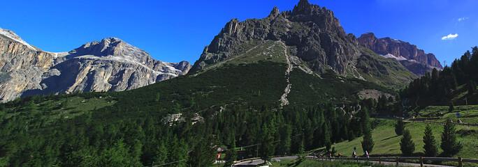 Panoramica delle montagne del trentino