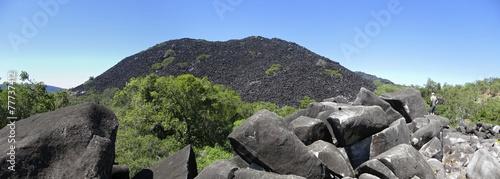canvas print picture Black Mountain, Kalkajaka National Park near Cooktown