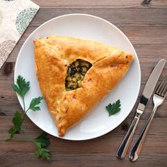 Tatarische Fleisch- und Kartoffel Pastete
