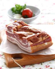 Räucherspeck - Smoked ham