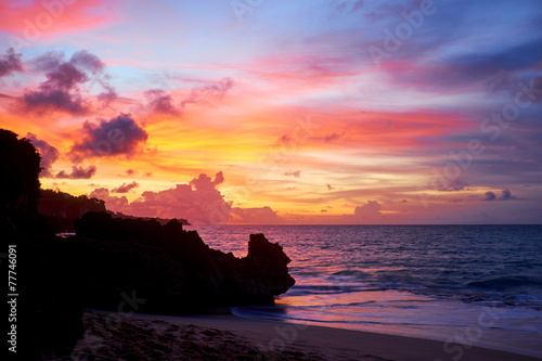 Poster Indonesië Amazing beach destination sunrise or sunset with beautiful brea