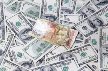Ukrainian and American currency