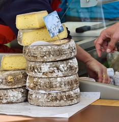 fromages de savoie sur le marché,vente directe