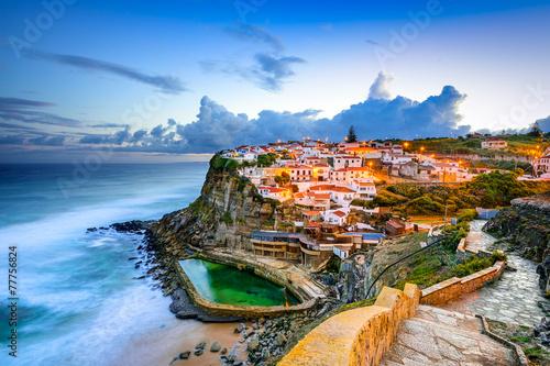 Fotobehang Kust Azenhas do Mar Seaside Town in Sintra, Portugal