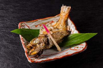 魚の塩焼き  Grilling fish with salt of the alfonsino