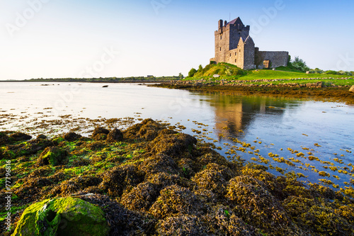 Fotobehang Noord Europa Dunguaire castle in Co. Galway, Ireland