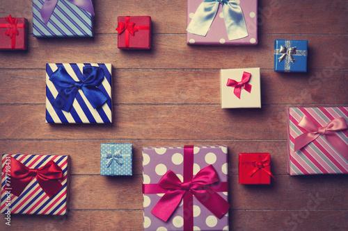 Leinwanddruck Bild Different color gift boxes