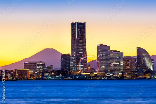 canvas print picture Yokohama Minato Mirai Skyline mit Mount Fuji und Landmark Tower