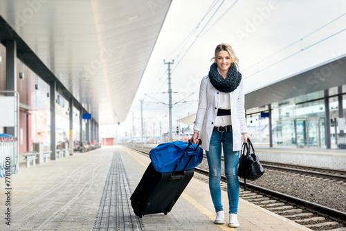 Travel (Ivana) - 77818020