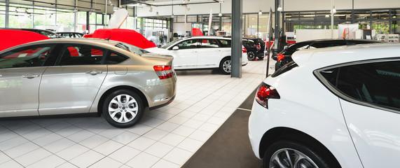 Verkausraum Autohaus // Salesroom Car Sale