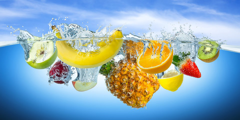 fruit splash © stockphoto-graf