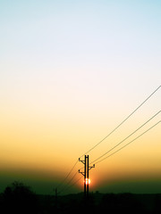 Sonnenuntergang und Strommast