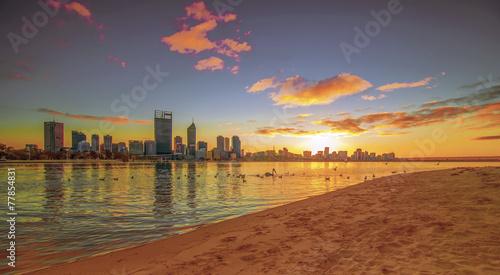 Leinwanddruck Bild Golden Sunrise View of Perth Skyline