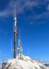 Antenne auf Berggipfel