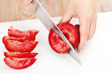 the process of cutting plums