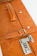 スーツケースのダイヤル錠