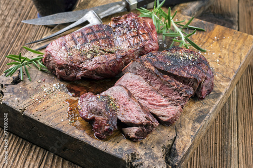 Barbecue Steak - 77880240