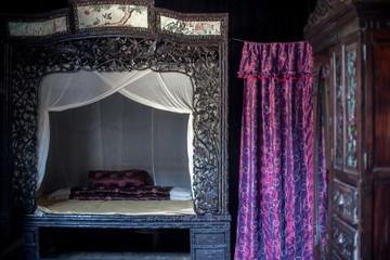 Chinesisches Bett