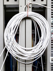 Confused of UTP Cat5 cable in server room