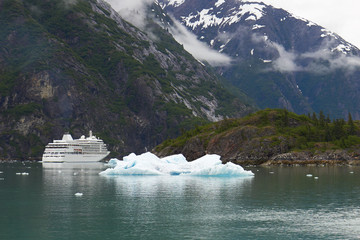 Alaska Cruise Ship With Iceberg