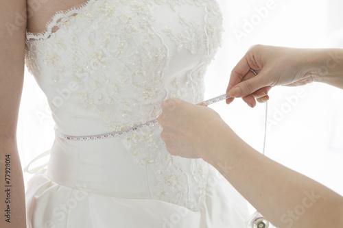 Measurements of wedding dress © Monet