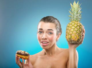 Women's diet. Donut or pineapple ?