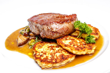 Sirloin steak with cottage cheese pie