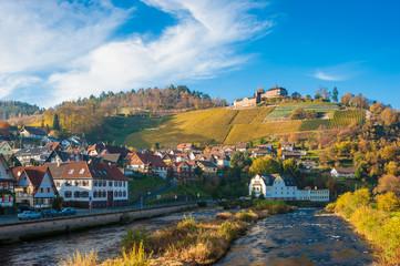 Fluss Murg mit Schloss Eberstein und Ortsbild, Gernsbach Obertsr