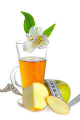 .Apple juice and Apple