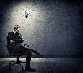 turn on idea - thinking of businessman